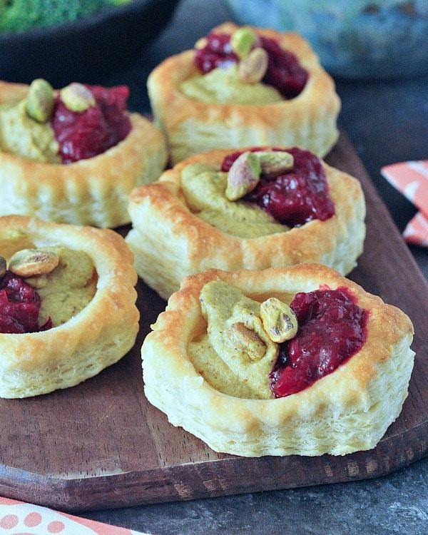 Garlic Pistachio Cranberry Tarts @spabettie