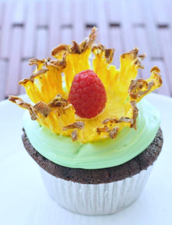 Pineapple Flower Cakes