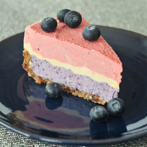Triple Berry Raw Cheesecake