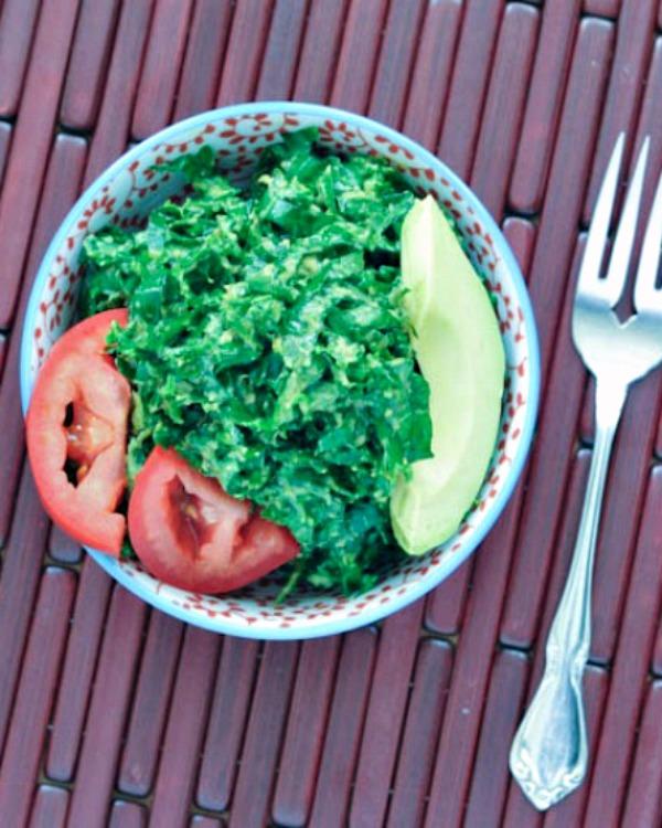 Lemon Avocado Massaged Kale Salad @spabettie