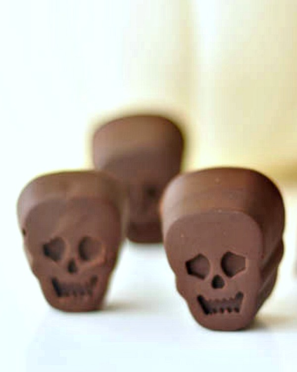 Ginger Wasabi Filled Chocolate Skulls @spabettie