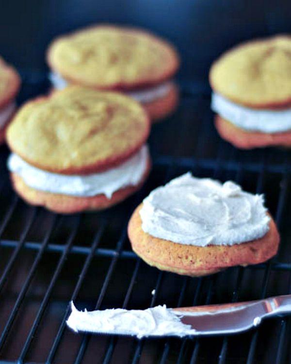 Pumpkin Whoopie Pies with Ginger Cream @spabettie