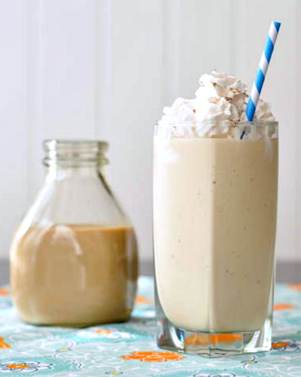 Salted Caramel Milkshake with Vegan Irish Creme @spabettie