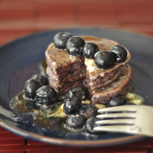 gluten free blueberry lemon pancakes