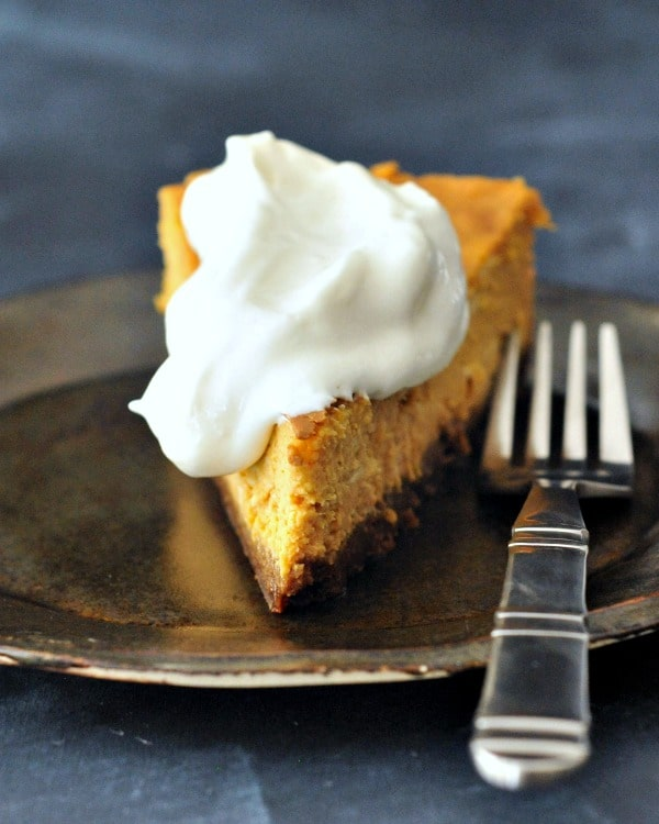 Maple Cream Pumpkin Cheesecake with Buttery Gingersnap Crust @spabettie #vegan #holiday