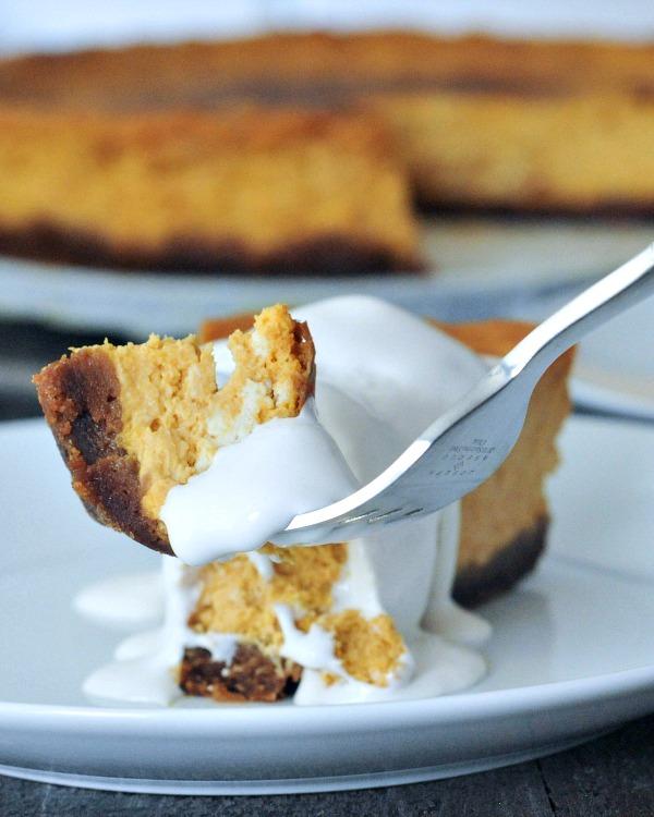 Maple Cream Pumpkin Cheesecake with Buttery Gingersnap Crust @spabettie #vegan