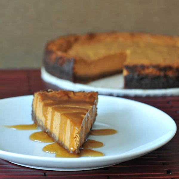 Maple Cream Pumpkin Cheesecake with Buttery Gingersnap Crust | Spabettie
