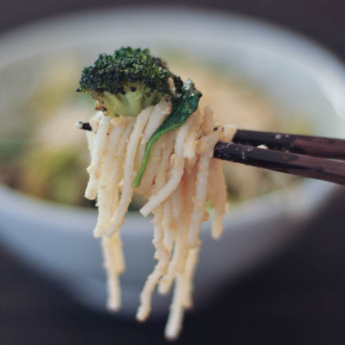 gingered udon with roasted broccoli