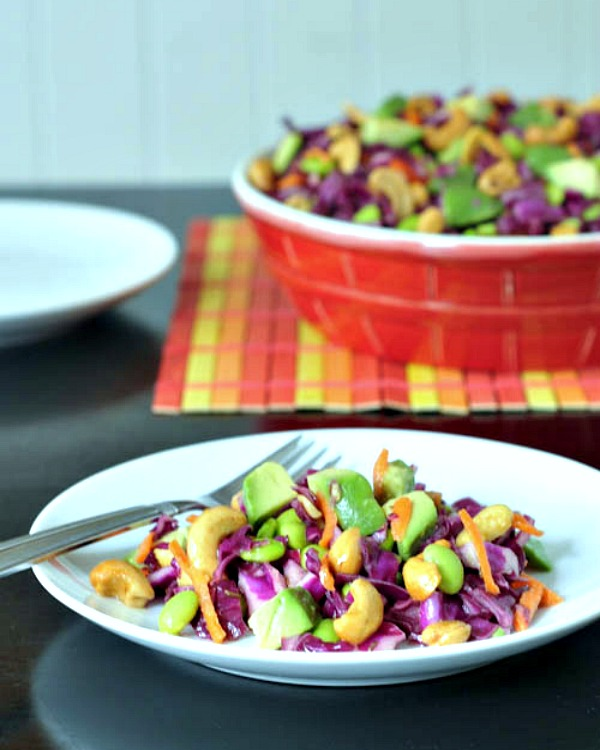 Cashew Cabbage Crunch Salad @spabettie