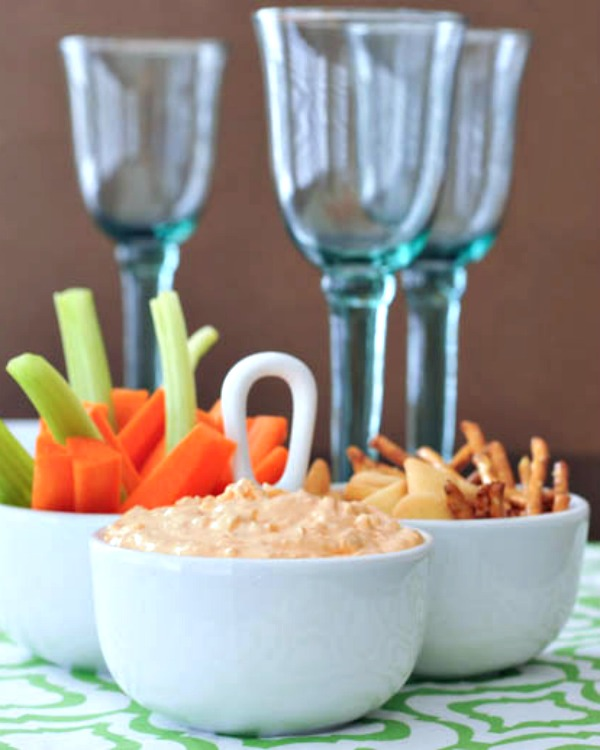 Roasted Red Pepper Goat Cheese Dip Recipe @spabettie