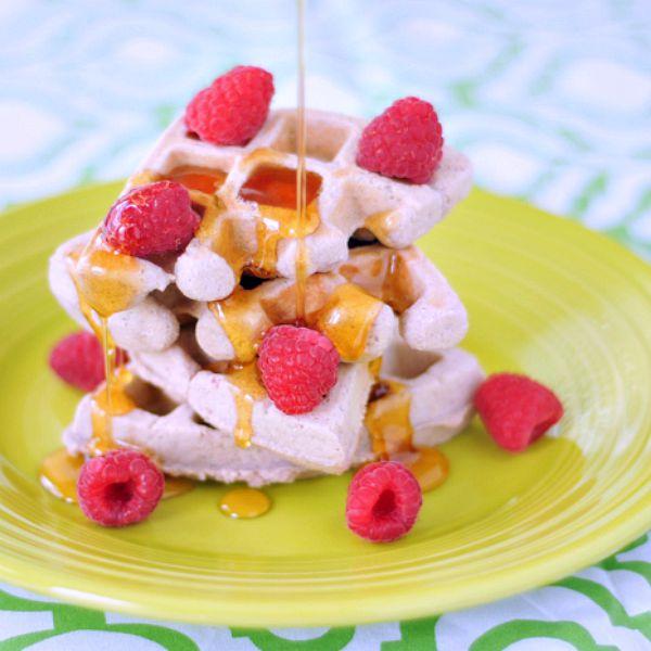 Raspberry Coconut Flax Waffles @spabettie