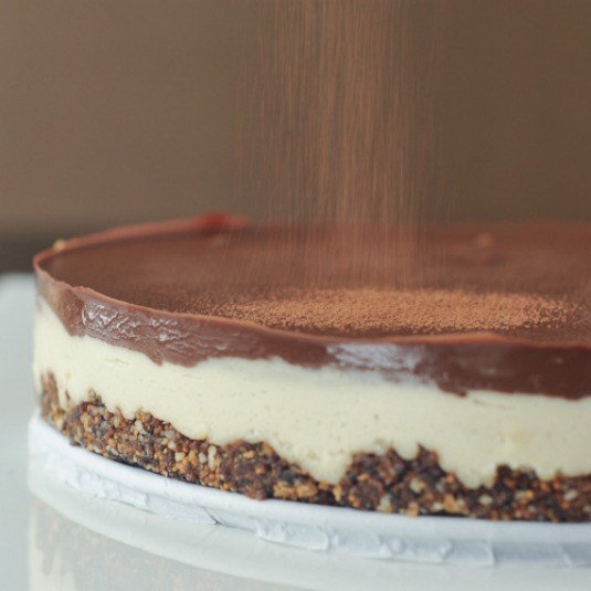 chocolate cheesecake with almond fig crust