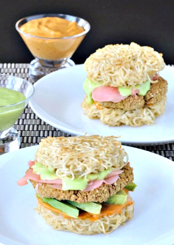 Vegan Ramen Burger on a plate with dipping sauce