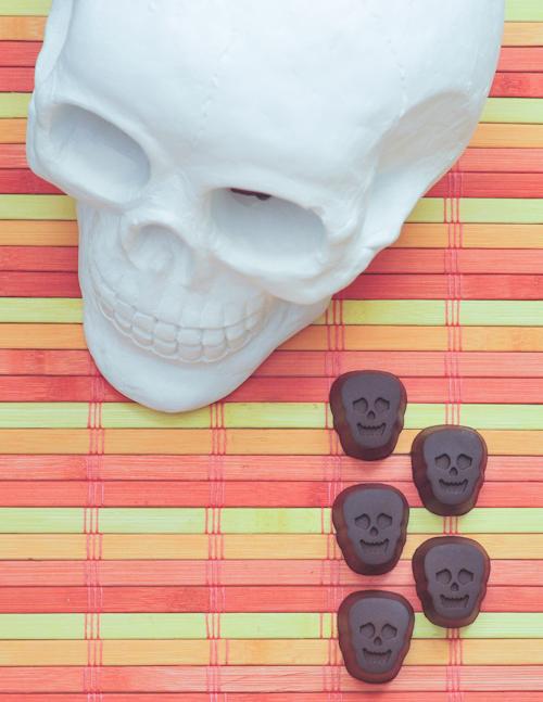 double chocolate truffle skulls