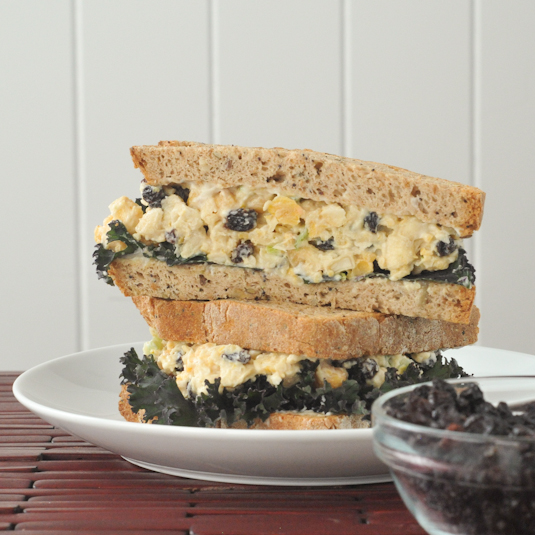 roasted garlic chickpea salad sandwich