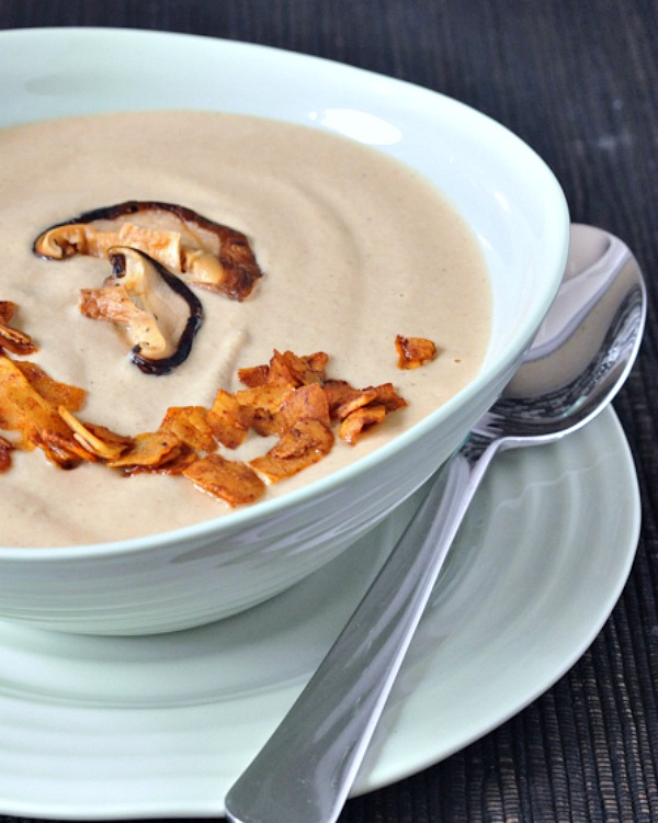 Hearty Roasted Mushroom Bisque @spabettie
