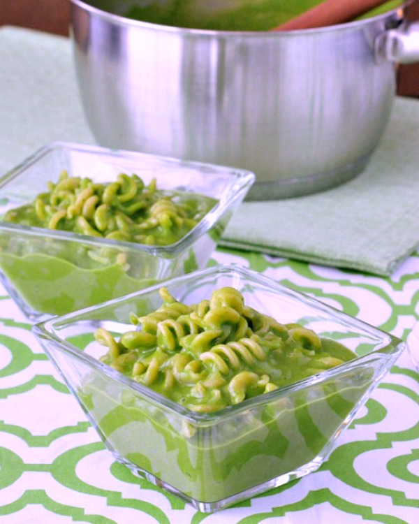 Vibrant Spinach Mac and Cheese @spabettie