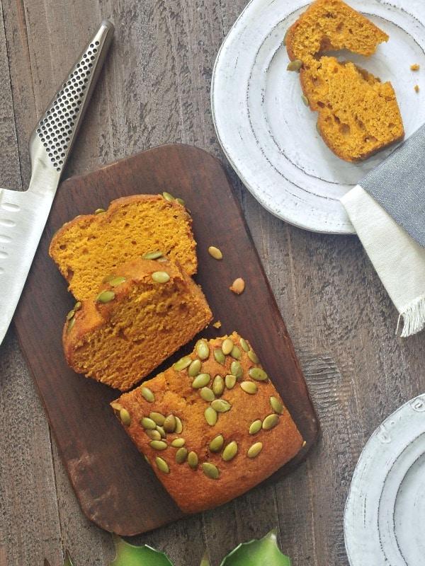 Pumpkin Bread with Salted Pepitas @spabettie #vegan #glutenfree #soyfree #pumpkin