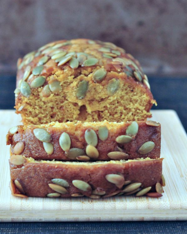 Pumpkin Bread with Salted Pepitas @spabettie #vegan #glutenfree #soyfree #pumpkin