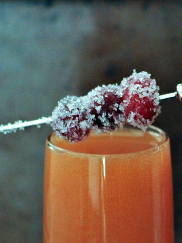 Sparkling Cran Raspberry Aperol Spritz @spabettie