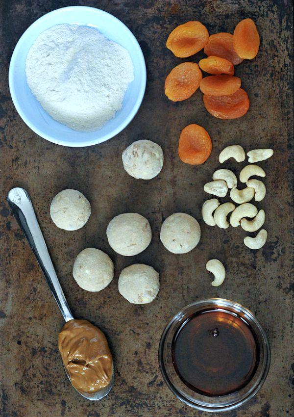Vanilla Apricot Energy Bites @spabettie