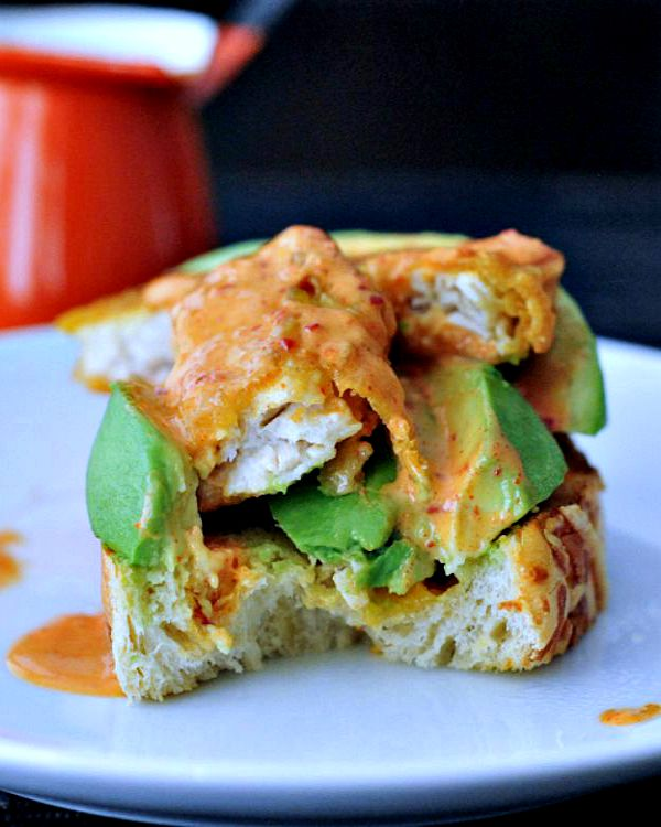 Golden Avocado Toast with Spicy Kimchi Sauce @spabettie