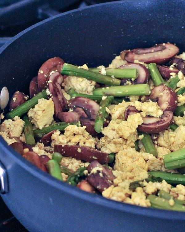 Asparagus Mushroom Scramble @spabettie
