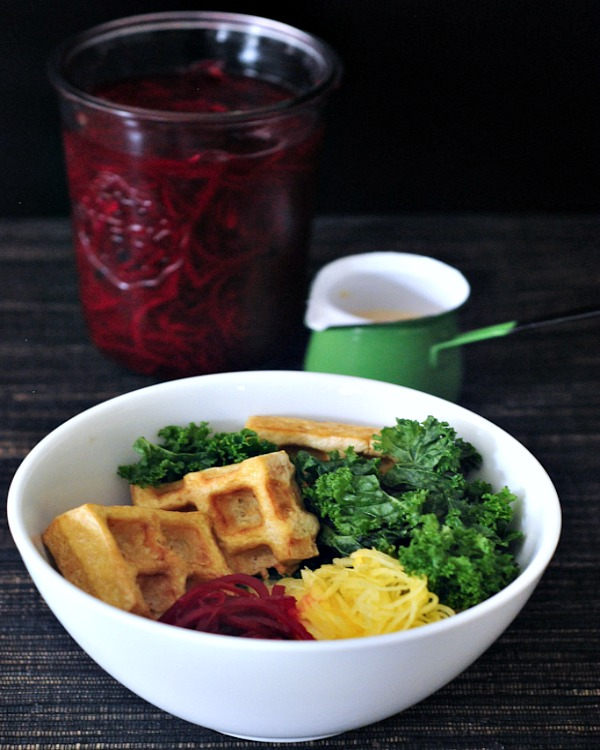 Vibrant Spaghetti Squash Bowl with Smoky Waffled Tofu @spabettie