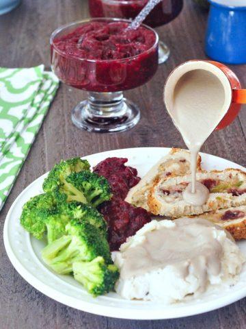 Savory Shiitake Rosemary Gravy @spabettie #glutenfree