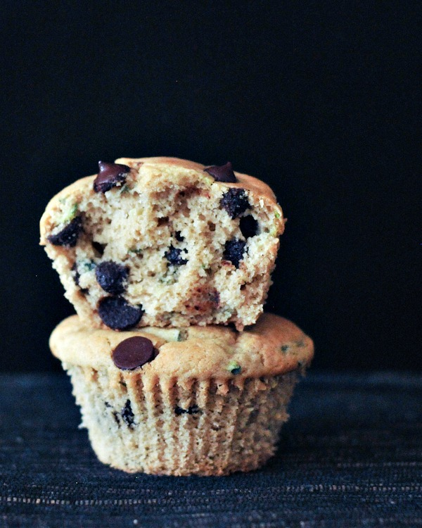 Fluffy Vegan Chocolate Chip Zucchini Muffins @spabettie