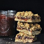 Strawberry Oat Crumble Bars @spabettie