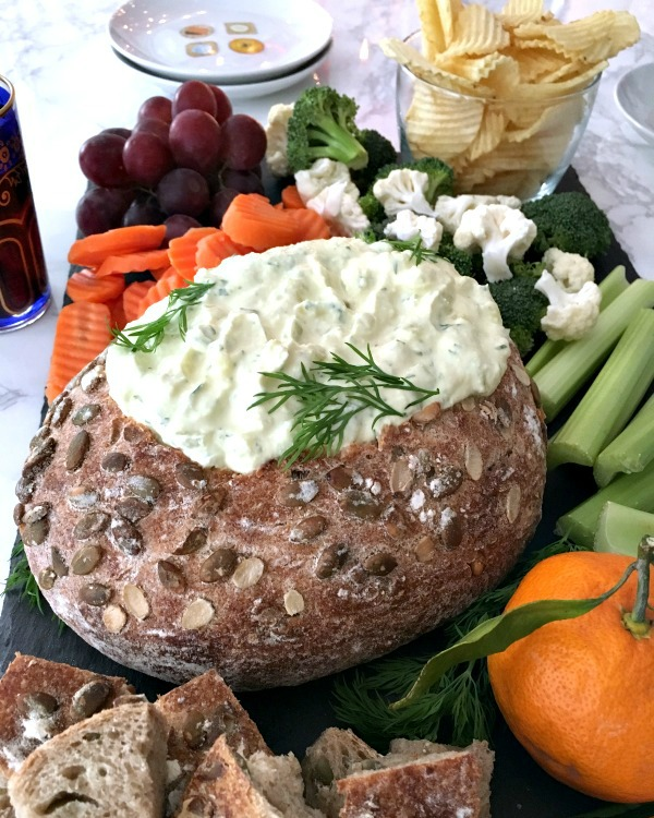 Cool Vegan Dill Pickle Dip Bread Bowl @spabettie