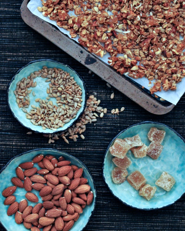 Oil Free Spicy Ginger Vanilla Granola @spabettie