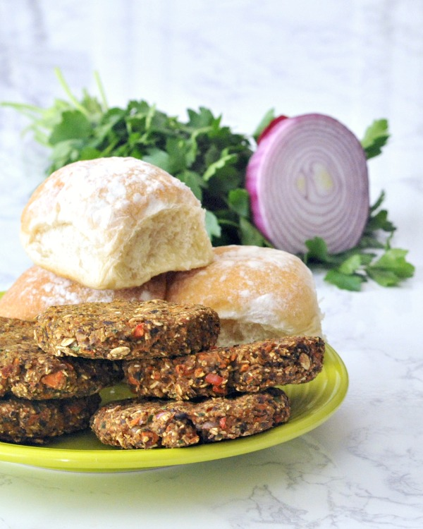 Speedy Black Bean Burgers @spabettie