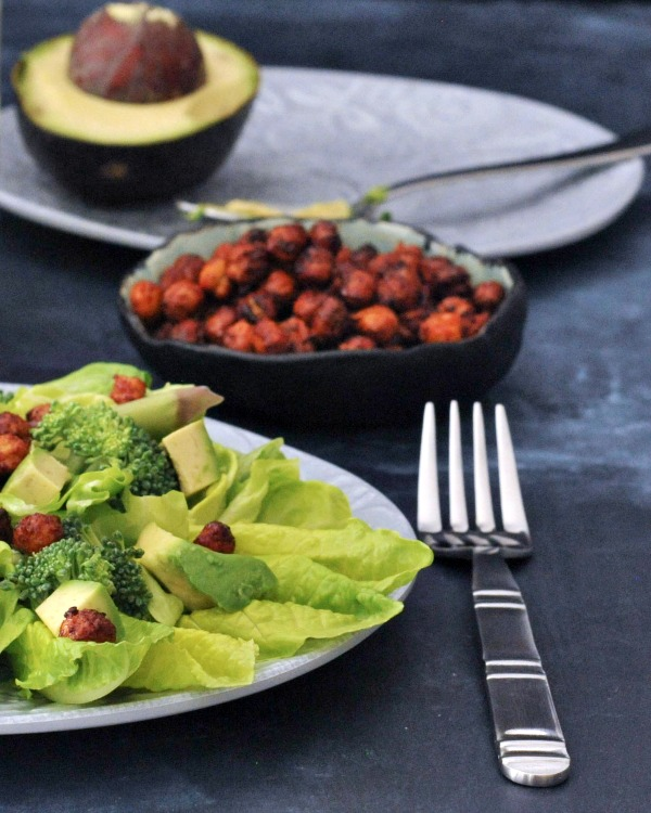 Smoky Sweet Crunchy Chickpeas Salad Topper @spabettie