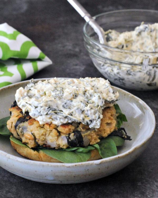 Tangy Spinach Artichoke Burgers Recipe @spabettie