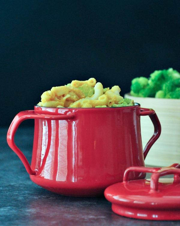 Black Pepper Cheesy Mac and Broccoli Recipe @spabettie
