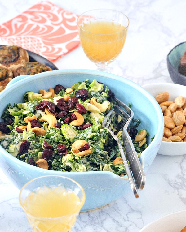 Lemony Brussels and Kale Chiffonade Salad @spabettie #glutenfree