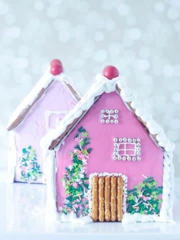 Cardamom Holiday Gingerbread House @spabettie #vegan