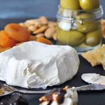 Creamy Rich Macadamia Cream Cheese @spabettie #vegan #cheese