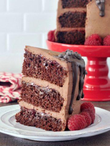 Rich Chocolate Mousse Cake @spabettie #vegan #cake