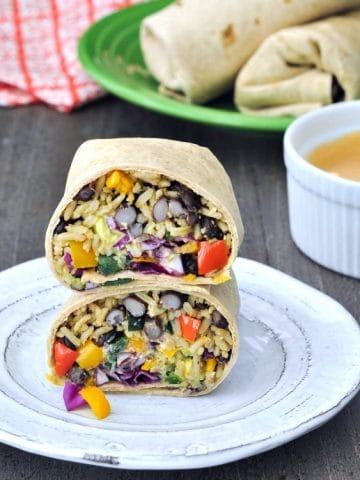 Smoky Tangy Chipotle Lime Burritos @spabettie #vegan