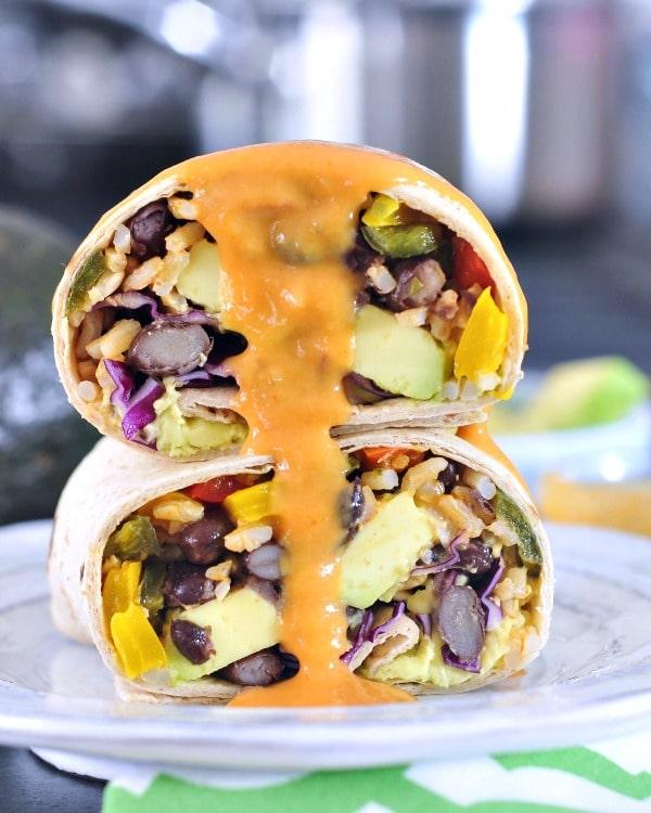 Smoky Tangy Chipotle Lime Burritos @spabettie #vegan #burrito