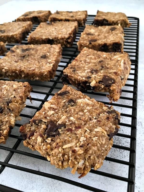 Easy Vanilla Chip Buckwheat Bars @spabettie #glutenfree