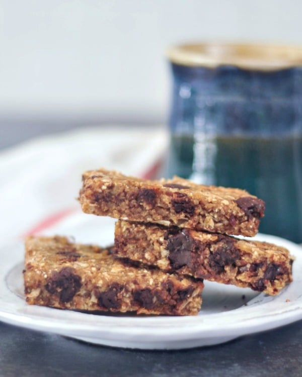 Easy Vanilla Chip Buckwheat Bars @spabettie #vegan #baking #glutenfree