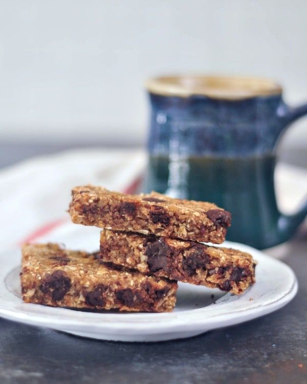 Easy Vanilla Chip Buckwheat Bars @spabettie #vegan #glutenfree