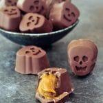Pumpkin Caramel Chocolates @spabettie #vegan #glutenfree #chocolate #candy #Halloween