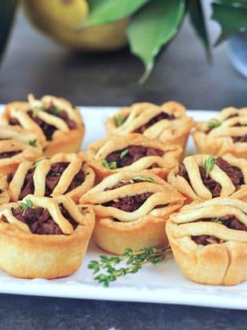 Mini Vegan Sausage Pies @spabettie #glutenfree #vegan #plantbased #holiday #gameday #appetizers