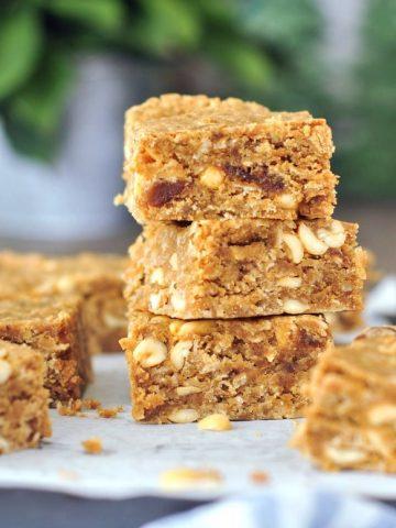 Vegan Peanut Butter Bars @spabettie #vegan #glutenfree #oilfree #soyfree #snack