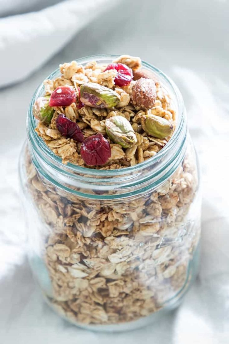 Gingerbread Vegan Granola Recipe